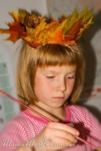 Корона из кленовых листьев