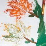 рисунок из отпечатков листьев