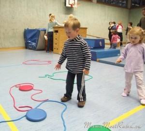 Айнс, цвай, драй, Со спортом дружбу начинай!  О том, как мы посещаем спортивный кружок в Германии. Часть 2.