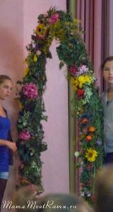 1 сентября в школе в Германии, арка из цветов