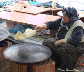Как печь турецкие лепешки фото.